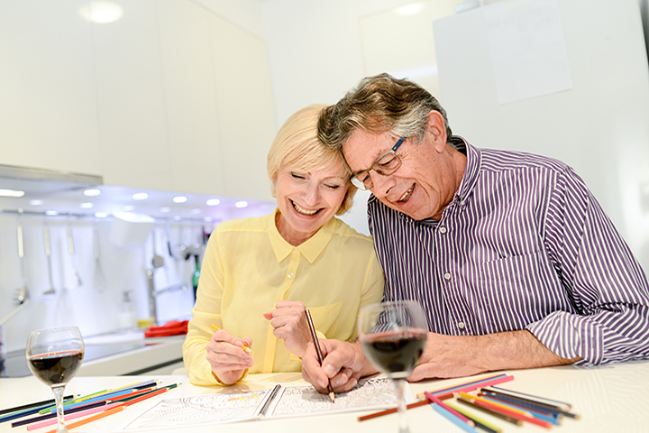 Couple coloring with red wine