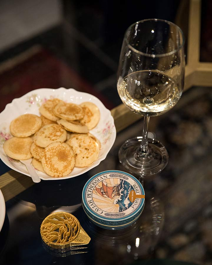 Petrossian with white wine