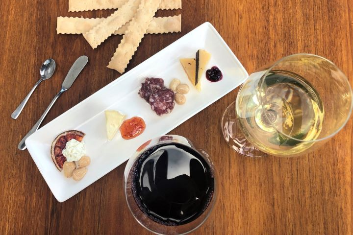 Chalk Hill Wine and Cheese Pairing