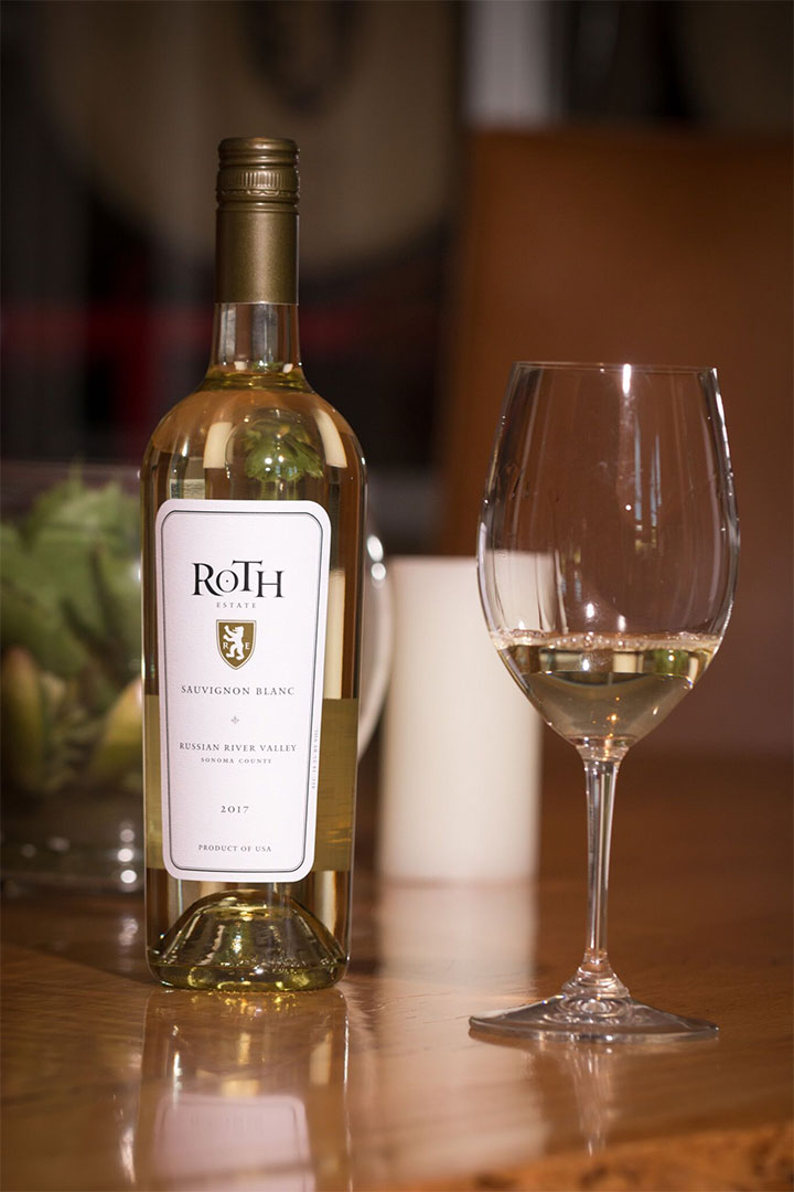 Bottle and Glass of Roth Sauvigno Blanc